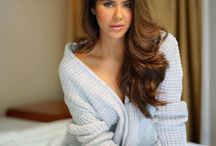 Sonam Bajwa / Sonam Bajwa is an Indian model and actress active in Punjabi films and Tamil cinema. She participated in the Femina Miss India contest in 2012. She played the leading female role in the 2014 blockbuster Punjabi film Punjab 1984.