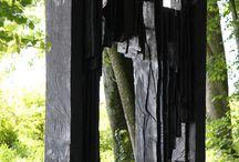 Autres sculpteurs dans les Jardins du Château de Vullierens / Découvrez trois autres sculpteurs également présents dans les Jardins du Château de Vullierens : Beat Kohlbrenner, Eric Sansonnens, Edoardo Villa.