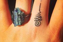 tattoo στο χέρι