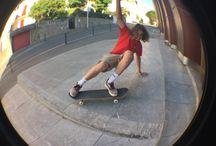 Me / / Skate