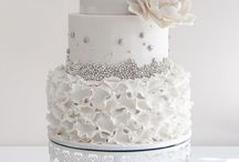 Cakes and sweet things... / Beautiful ideas for #wedding #cakes. #inspiration #wedmin #wedding #bridestobe #destinationwedding #dreamwedding #spain #spainforweddings