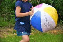 Juegos para niños   / Cosas con lo que los niños pueden jugar y aprender ! / by Mayela Lozano