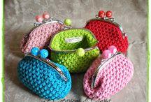 Вязанные сумочки, кошелечки