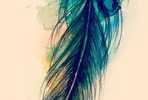 feathers / by Priscila Galaz