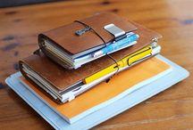 Midori travelers notebook + moleskine