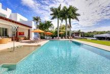 Your luxury dream villa near Miami awaits you