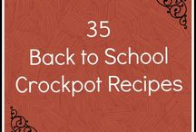 Crockpot recipes / by Millie Joye