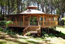 Yourte /  Yurts