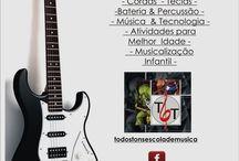 Panfletos da  Todos Tons Escola Livre de Música / Material gráfico utilizado para divulgar os cursos oferecidos pela escola.