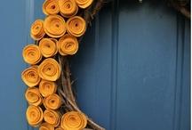 Wreaths / by Chelsea Bonanno