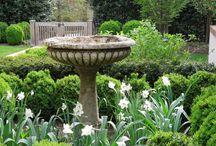 Fl yard gardens and nooks