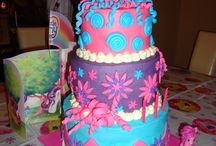 Over the Rainbow - Tasteful Creations / My Little Pony Cakes and other sweet treats.