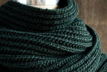 Knitting scarfs