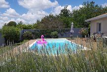 La décoration autour de la piscine / Idées décoration autour de la piscine.