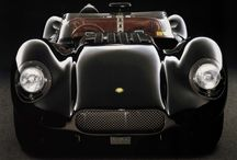 Perfect Wedding Cars / A collection of beautiful cars to make that special day one to remember www.carhoots.com