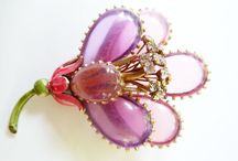 Brooch 8 ~ POURED GLASS ~ GRIPOIX ~ JEWELRY ~*~ / Wire Resin ~ Based work by Renne Lalique