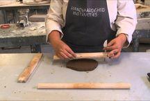 Periode 1: Klei / Dit bord gaat over het materiaal klei. Er staat ook inspiratie en informatie op over de opdrachten