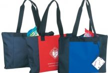Totes U of D / Tote bags for U of D