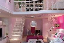 Little girls' bedroom