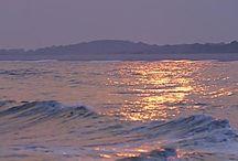 Ocean/Cliffs/Waves