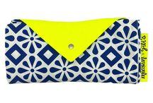 GILI'S x MIASUN / Cet été : offrez-vous de l'ombre ! La jolie marque française MIASUN et GILI'S se sont associés pour vous proposer un produit original et malin qui vous accompagnera dans tous vos voyages !  Miasun est un concept malin et élégant qui offre une alternative tendance au parasol de plage.  Découvrez la voile Miasun x GILI'S avec notremotif phare : l'azulejos marine.