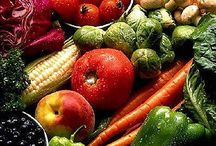 Raw Veggies + Fruits Healthy / by Anthea Teufel