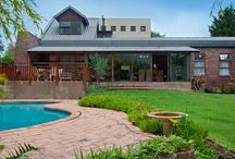 """Sole Mandate - The Ultimate Gift / SOLE MANDATE - """"The Ultimate Gift"""" 4 Bedrooms, 4 bathrooms, beautiful mountain views and a sparkling pool! Asking R1 990 000 Call: Ronél 083 627 6806 for further details...."""