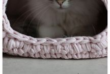 Crochet and knitwear for Fur-babies
