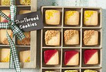Cookies / by Elizabeth Kamal