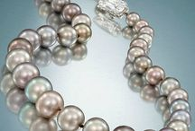 Unique pearls / Pearls