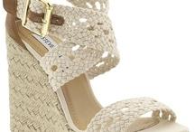 i.heart.shoes. / by Ashlee Payne