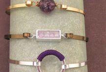 Flat wire jewellery