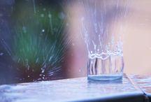 Water behavior / Water molecule behavior when it´s raining.