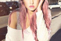 // PINK HAIR //