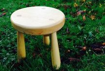 Green working skills: Make a Milkmaid stool / Come along on this day course and learn some basic Green Wood working techniques.  Using traditional hand tools such as a Froe, Drawknife and a Shavehorse, participants will hand-craft an ash milk maid stool to take home with them.