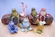 Ceramics frogs