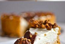 Desserts / by Ashleigh Hodyniak