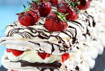 Strawberry chocolate meringue