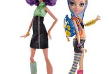 i love this dolls eventuly howleen is my favourite