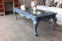 Muebles DIY / Los muebles envejecidos son cada mes más populares. Nos encanta todos los efectos que puedes hacer con un mueble antiguo de madera. Aquí están todas las que me inspiran. / by Barquitos