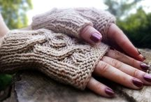 Eye-Delicious Knittery / by Shiri Designs
