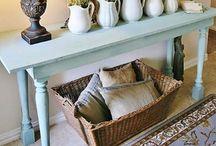 Farmhouse decor and crafts