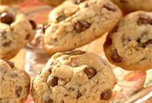 CHOCOLATE CHIP COOKIE SHOWDOWN