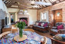 Bramble Cottage, Happisburgh / Bramble Cottage, a beautiful 16th Century converted barn, self catering, dog friendly holiday home in Happisburgh