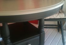 Painted furniture / Annie Sloan paint. Black and Tan