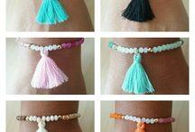 bracelets pompon