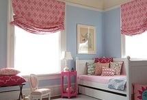 O quarto das meninas! Girls room!