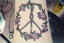 Cool Peace Sign Tattoo Meaning and Ideas / A peace image tattoo can stand for some things including peacefulness, agreement, quietness, flexibility, hush, serenity, trust, triumph, pacifism, admiration, equity and goodwill. Others it speaks to craftsmanship. For others it is essentially another well known tattoo decision, similar to cross tattoos or star tattoos. All things considered guileful plans they may not mean anything on a more excellent scale to most.