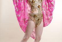 Burlesque Performer / Talulah Blue UK based Burlesque performer. Specialising in classic burlesque, hula hooping and fire performing.  www.talulahblue.com  London, Leicester, Nottingham, Birmingham, Leeds, Hong Kong, Berlin