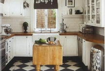 Kitchen / by Joanna Whitton